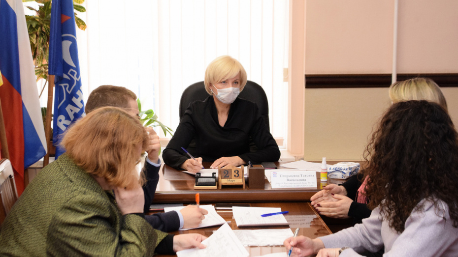 Пожилым воронежцам рассказали о мерах профилактики по борьбе с коронавирусом