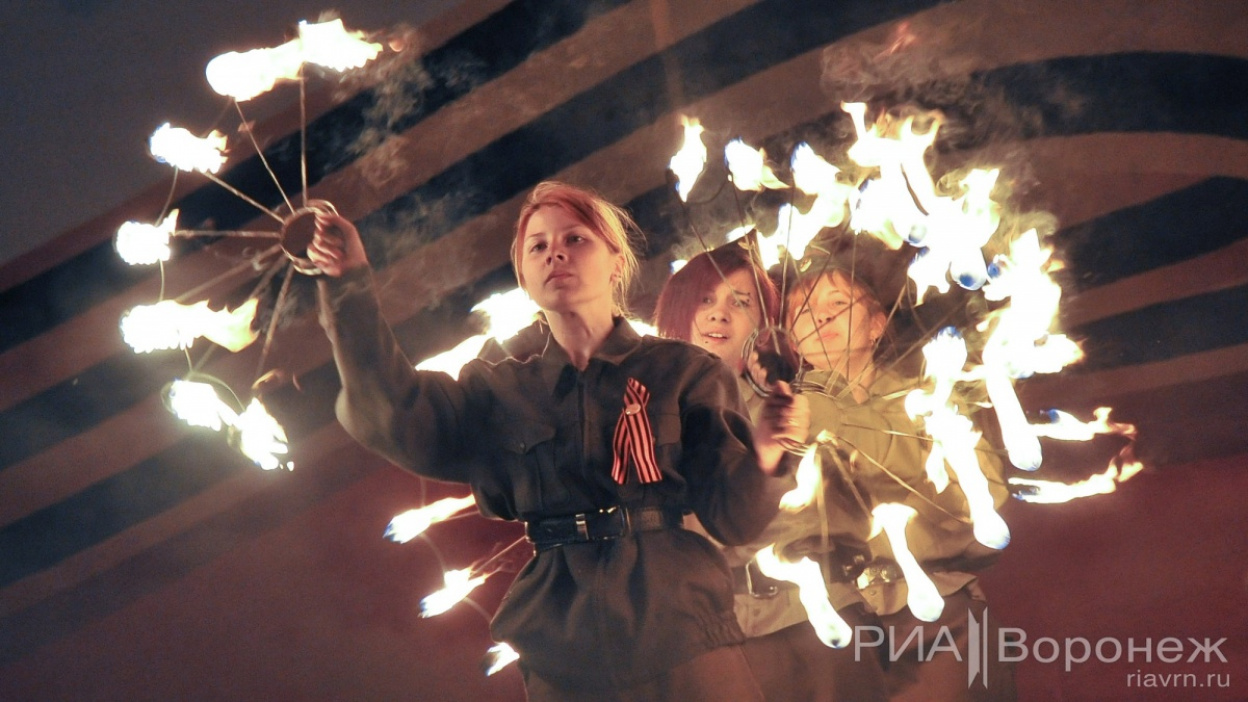 Фото РИА «Воронеж»: Фестиваль «Огни Победы»