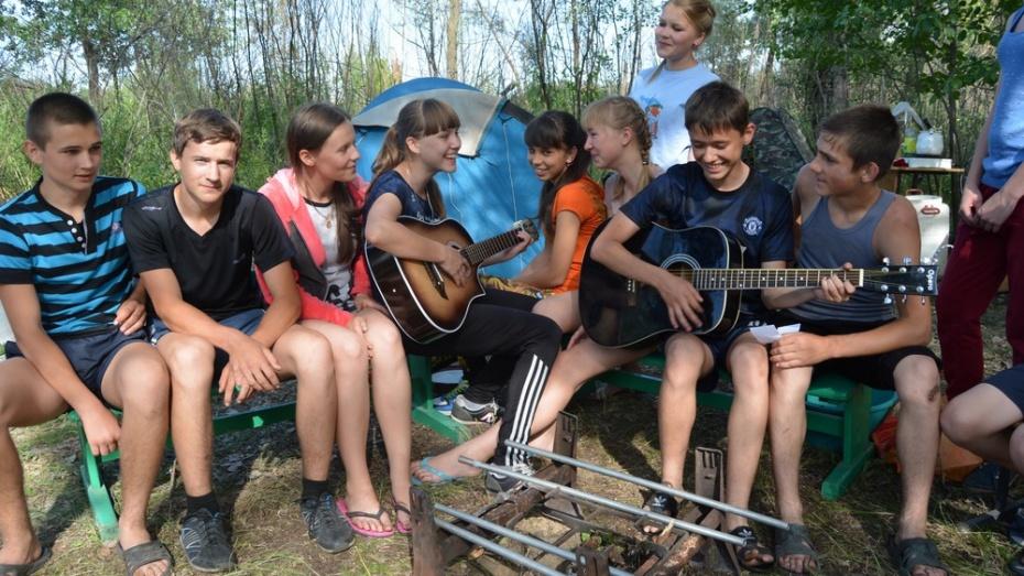 На турслет в Россошанском районе собрались 360 школьников
