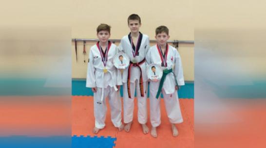 Калачеевские тхэквондисты завоевали 3 «золота» межрегионального турнира