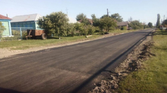 В таловском поселке Высокий на асфальтирование дороги направили 2 млн рублей