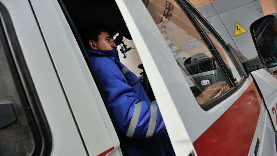 В Воронежской области в столкновении 2 легковушек погиб 22-летний водитель
