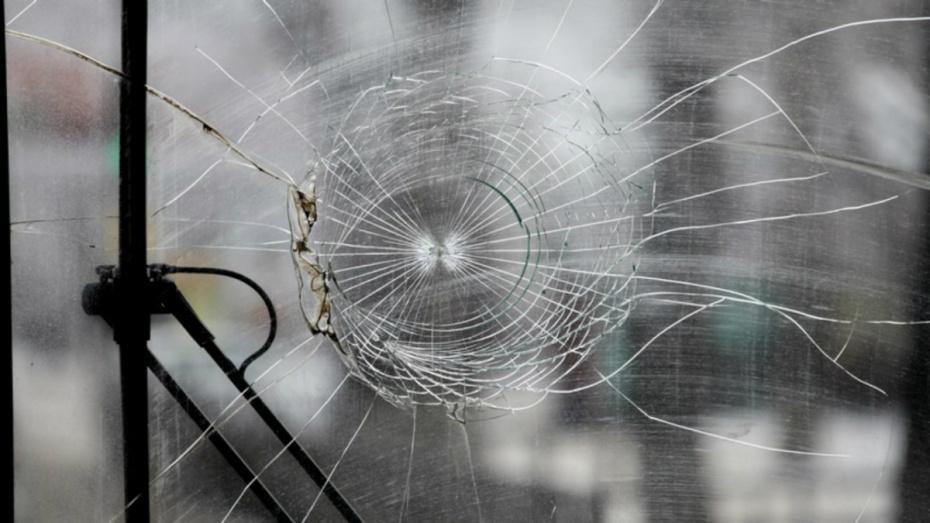 В Воронеже при столкновении 3 автомобилей пострадал 8-летний мальчик