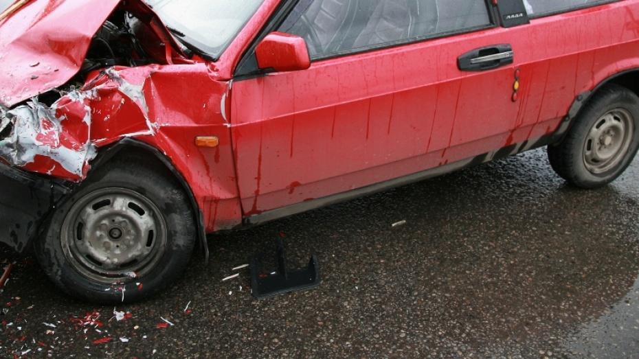На трассе М4 в Воронежской области погиб водитель из Подмосковья