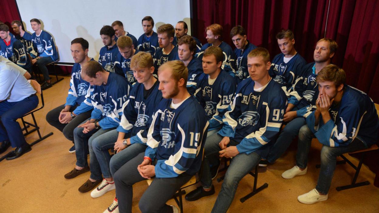 Хоккеисты воронежского «Бурана»: «Команда стала сильнее»
