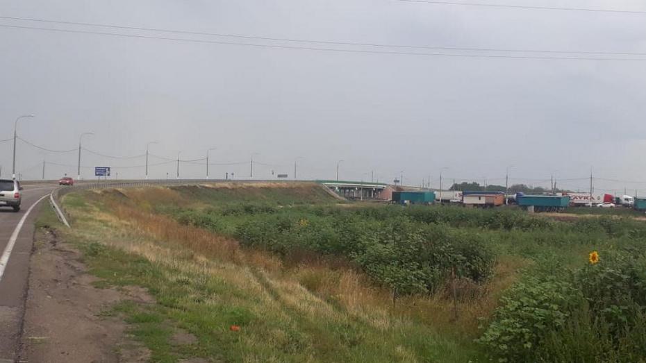 В Верхнем Мамоне из-за ремонта закрыли виадук через трассу М-4 «Дон» до 30 ноября