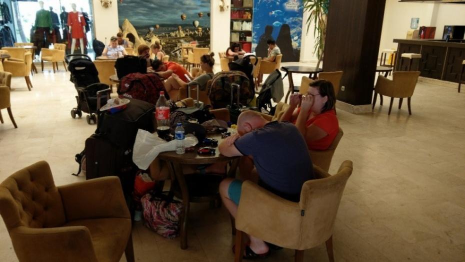 Воронежские клиенты «ВИМ-Авиа» провели 3 суток в ожидании рейса из Турции