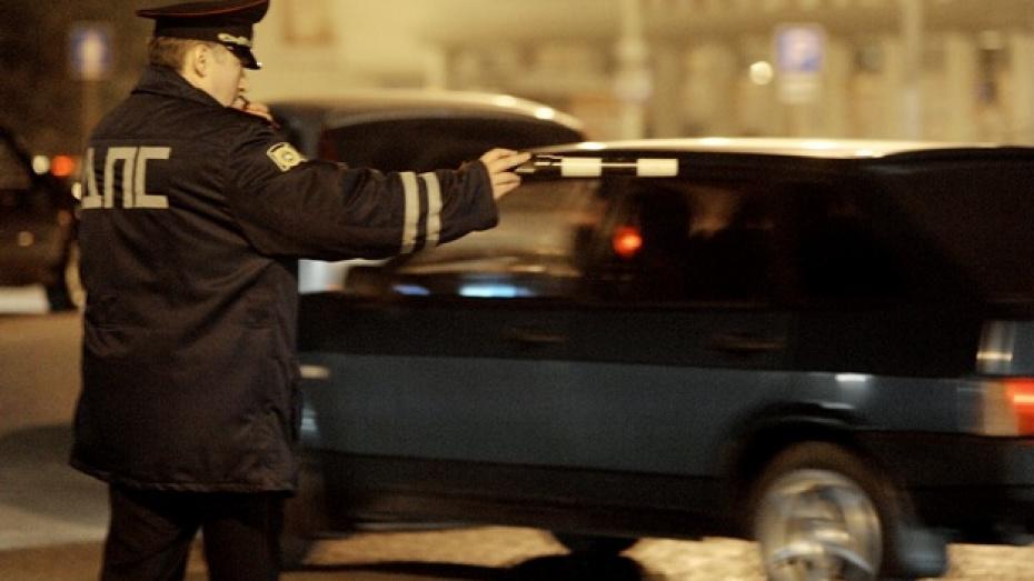 В Новоусманском районе произошло ДТП с участием полицейского