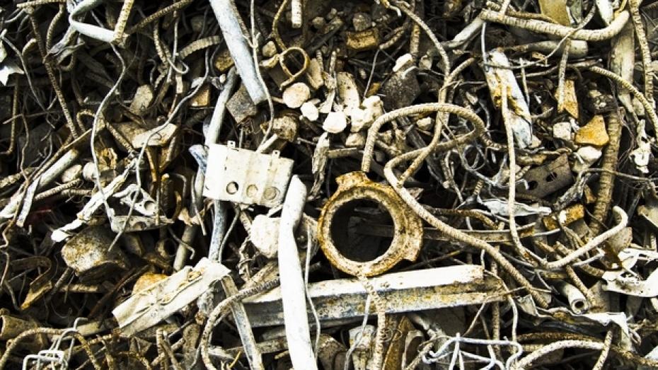 Жители Таловского района украли более полутонны металлолома
