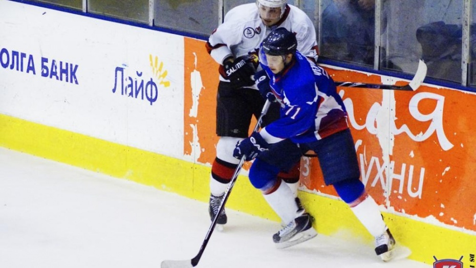 Воронежский хоккеист продлил контракт с «Зауральем»