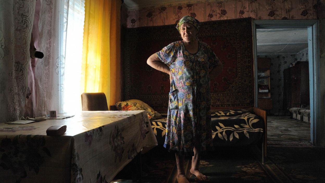 Гулять на балконе, не смотреть новости. Как быть воронежским пенсионерам во время пандемии