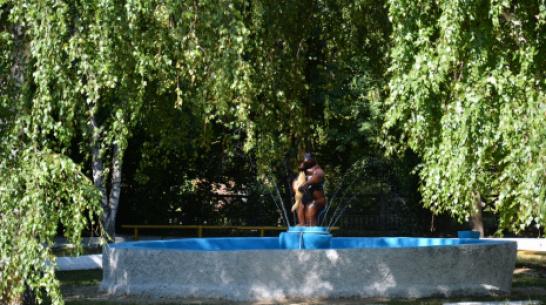 В Острогожске через 25 лет заработал фонтан «Мишка»