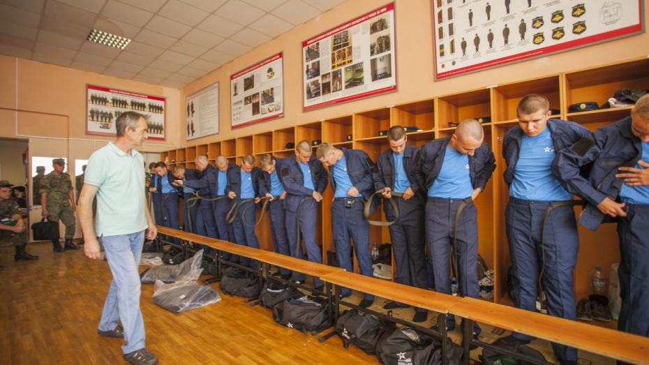 В научную роту ВУНЦ ВВС в Воронежской области прибыл 21 новобранец