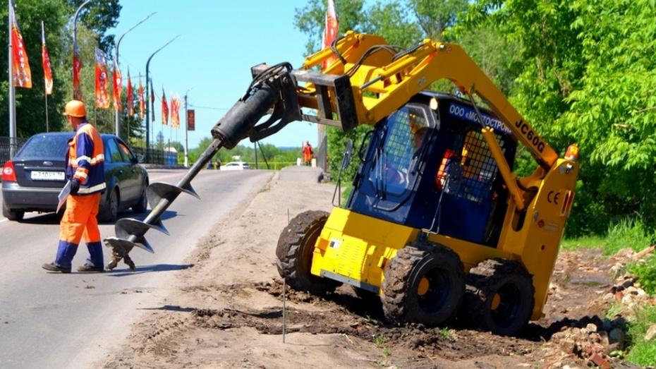 В Бутурлиновке отремонтируют мост через Осередь