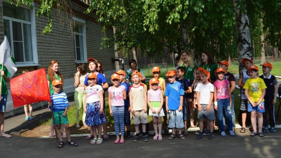 Роспотребнадзор изъял из детских лагерей под Воронежем 11 партий продуктов