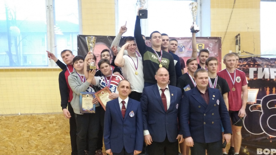 Богучарские гиревики выиграли 7 золотых медалей на областных соревнованиях