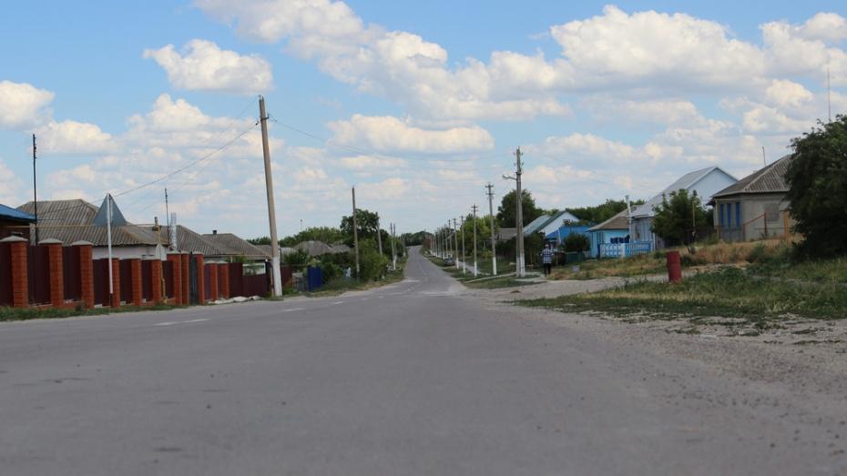 В Воронежской области 17-летняя девушка на ВАЗе сбила 2 подростков: погиб 15-летний парень