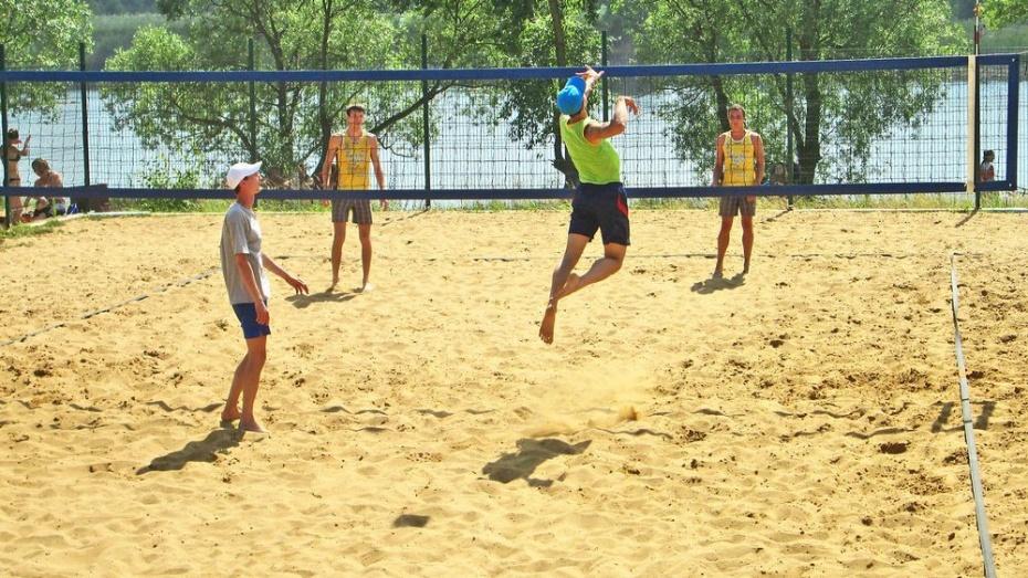 Бутурлиновские волейболисты стали бронзовыми призерами чемпионата ЦФО