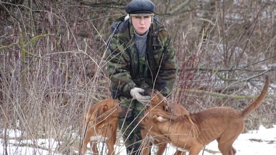 Под Воронежем собака редкой породы родила 19 щенков