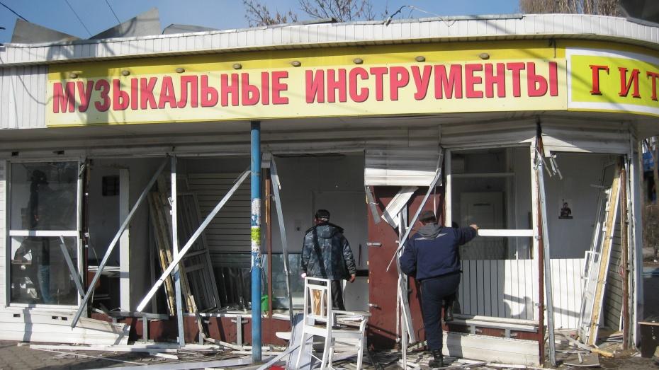 На Левом берегу Воронежа снесли павильон музыкальных инструментов