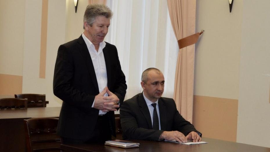 Алексей Гирчев сохранил должность главы администрации Семилук