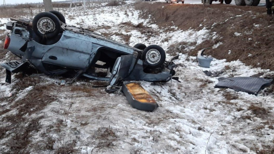 Водитель перевернувшейся в воронежском селе иномарки был пьян