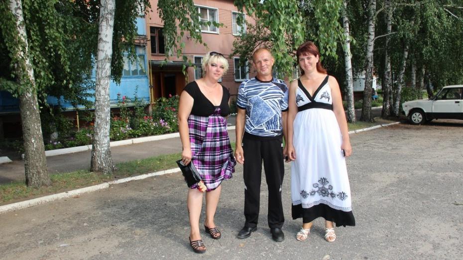 В Лискинском районе отметили новоселье 4 семьи