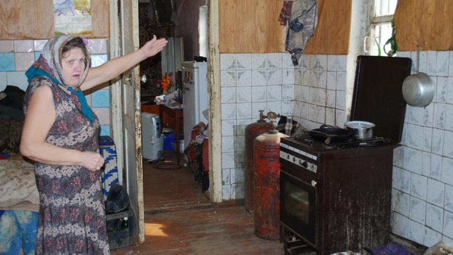 В Россошанском районе жильцы шести многоквартирных домов пять лет добиваются капитального ремонта