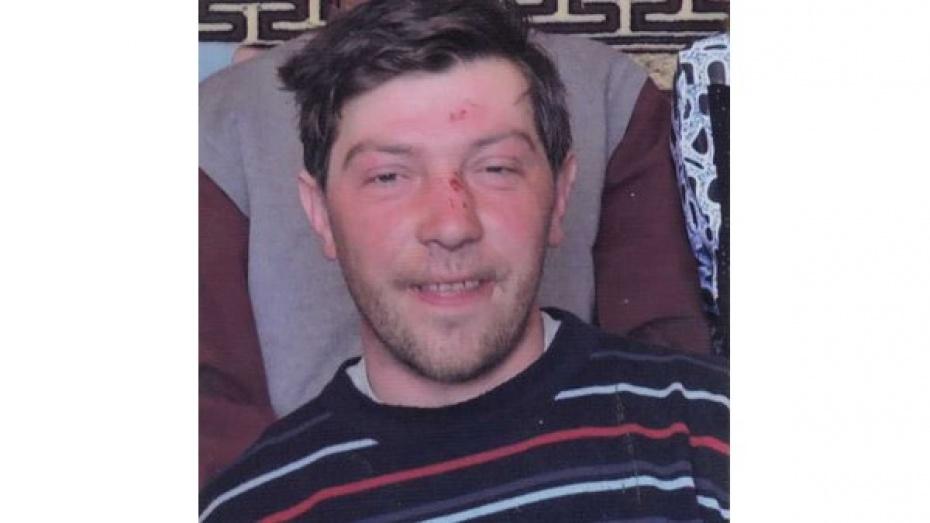 Под Воронежем следователи объявили в розыск молодого мужчину