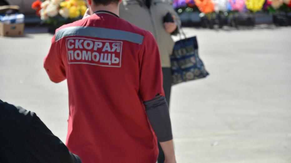 В Новохоперском районе ВАЗ вылетел в кювет: погибла 23-летняя девушка