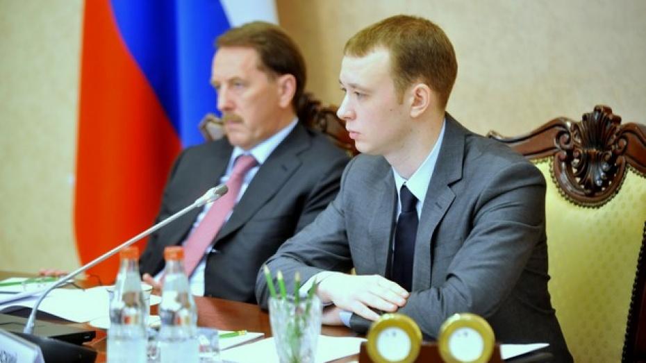 Сегодня губернатора Алексея Гордеева заменил дублер
