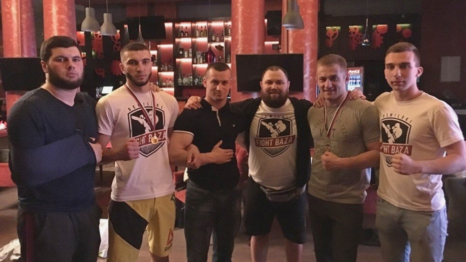 Семилукские спортсмены выиграли «золото» на открытой лиге Черноземья по MMA