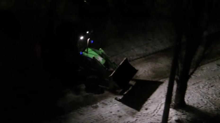 Как вВоронеже ремонтируют дороги вконце осени — Что нам снег