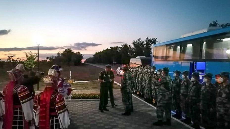 Военные из Китая прибыли в Воронежскую область на конкурс мастеров автобронетанковой техники