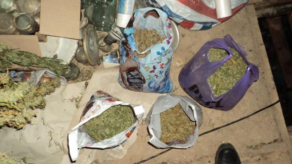 Пенсионерка в Воронежской области попалась с 2,6 кг марихуаны