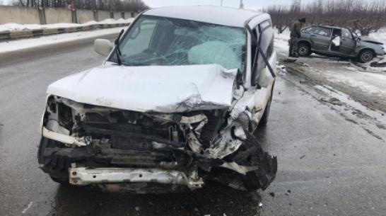 Под Воронежем при столкновении ВАЗа и Mitsubishi Pajero погиб 31-летний мужчина
