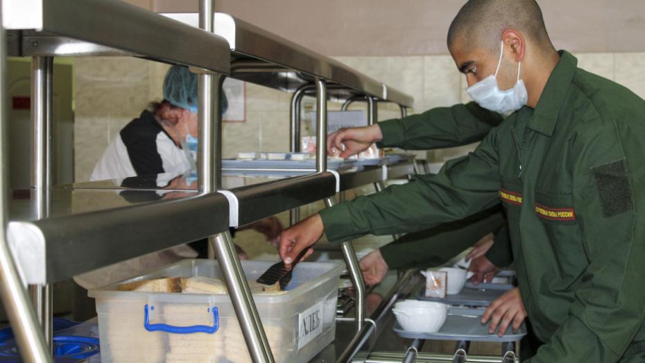 Во время пандемии в армию призвали около 800 жителей Воронежской области