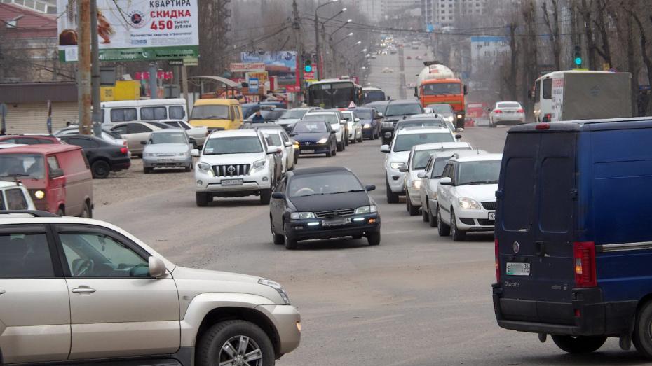 В Воронеже до 31 мая отремонтируют путепровод на Остужева