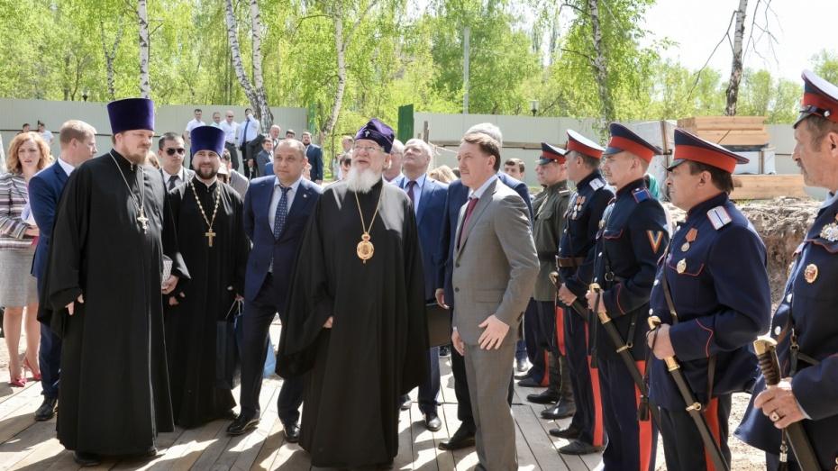 Полпред президента в ЦФО посетил храм в Воронеже