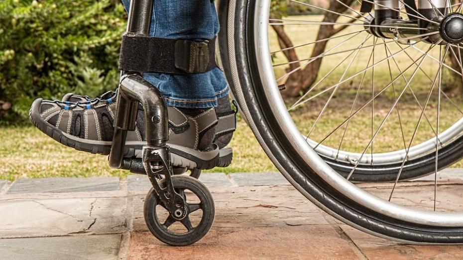 Инвалиды Воронежской области получат 1,8 тыс кресел-колясок в 2019 году