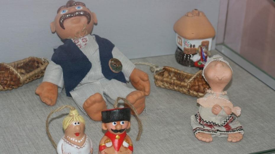 Воронежцев пригласили на бесплатную выставку кукол разных эпох и народов мира