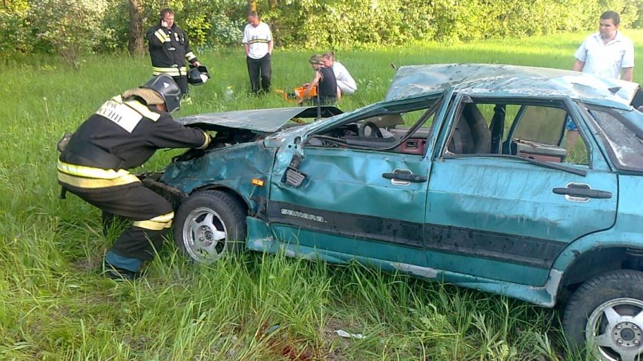 Один мужчина погиб и 5 пострадали в ДТП в Воронежской области