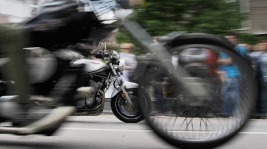 В Воронежской области на М-4 разбился мотоциклист