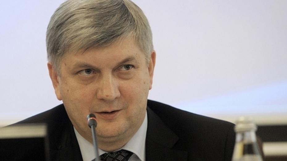 Глава Воронежской области попросил жителей прийти на выборы президента