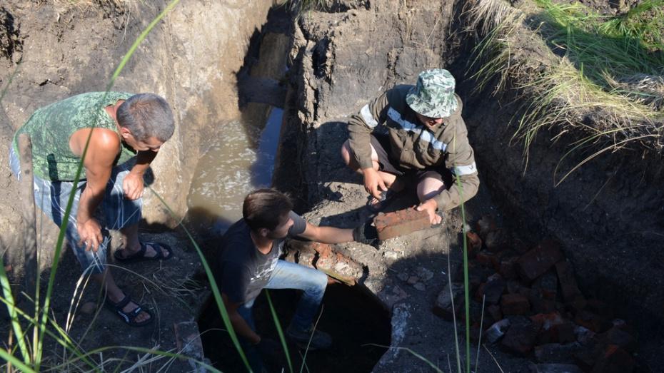 В верхнемамонском селе Приречное отремонтируют водопровод