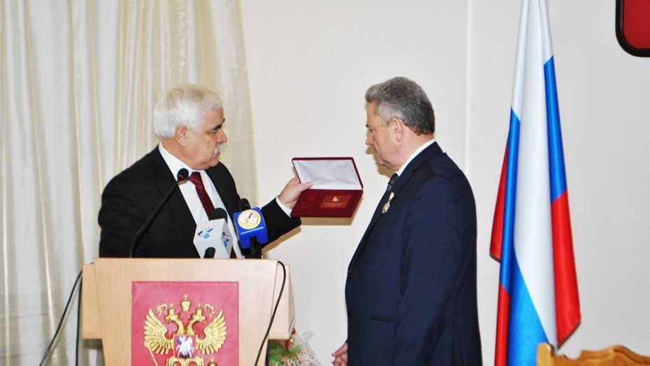 В Воронежской области глава администрации Россошанского района досрочно сложит полномочия