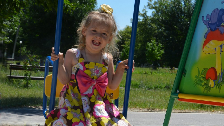 В Кантемировском районе семья 2-летней девочки с редким заболеванием попросила о помощи