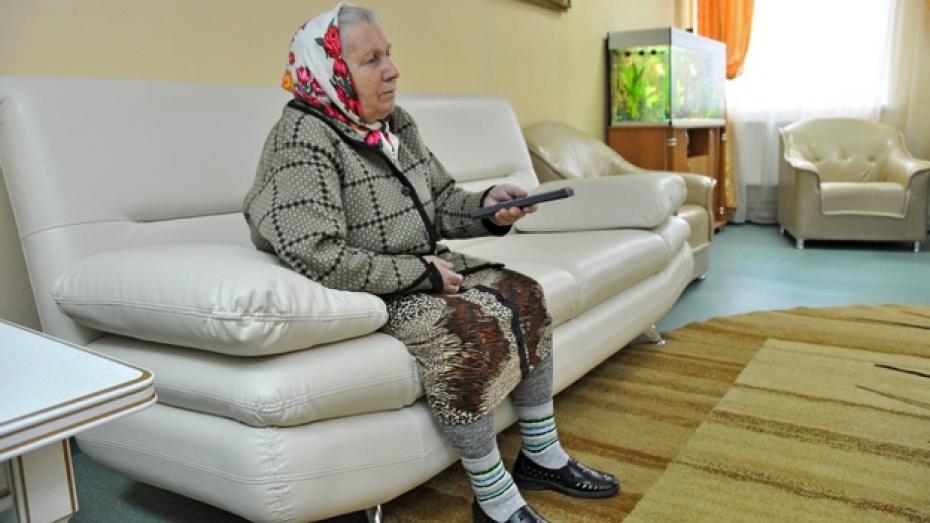В Воронежской области «усыновили» 8 дедушек и бабушек