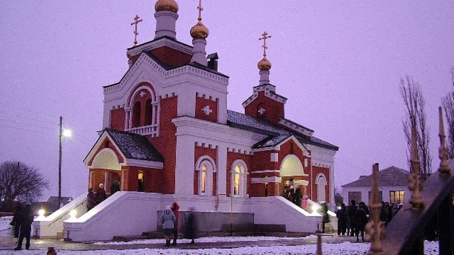 Уроженец Эртильского района построил в родном селе храм