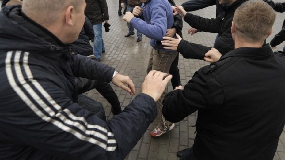 В Воронеже задержали участников массовой драки на Шишкова